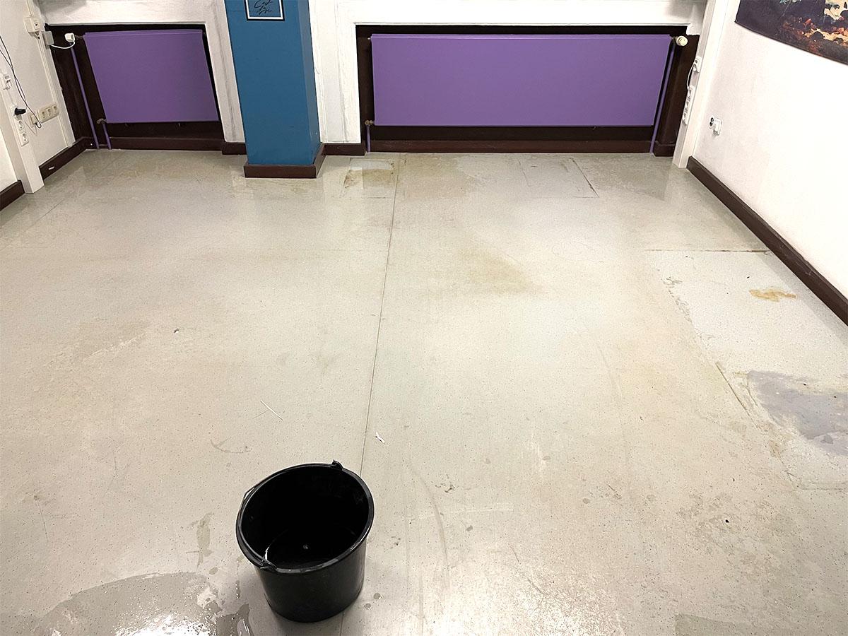 alter Fußboden der Gesamtschule