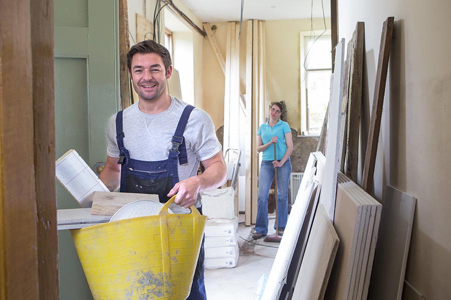 Zwischen- und Endreinigung am Bau